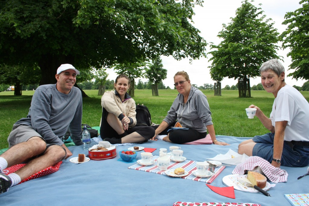 King Henry's Palace River Ride +/- afternoon tea picnic