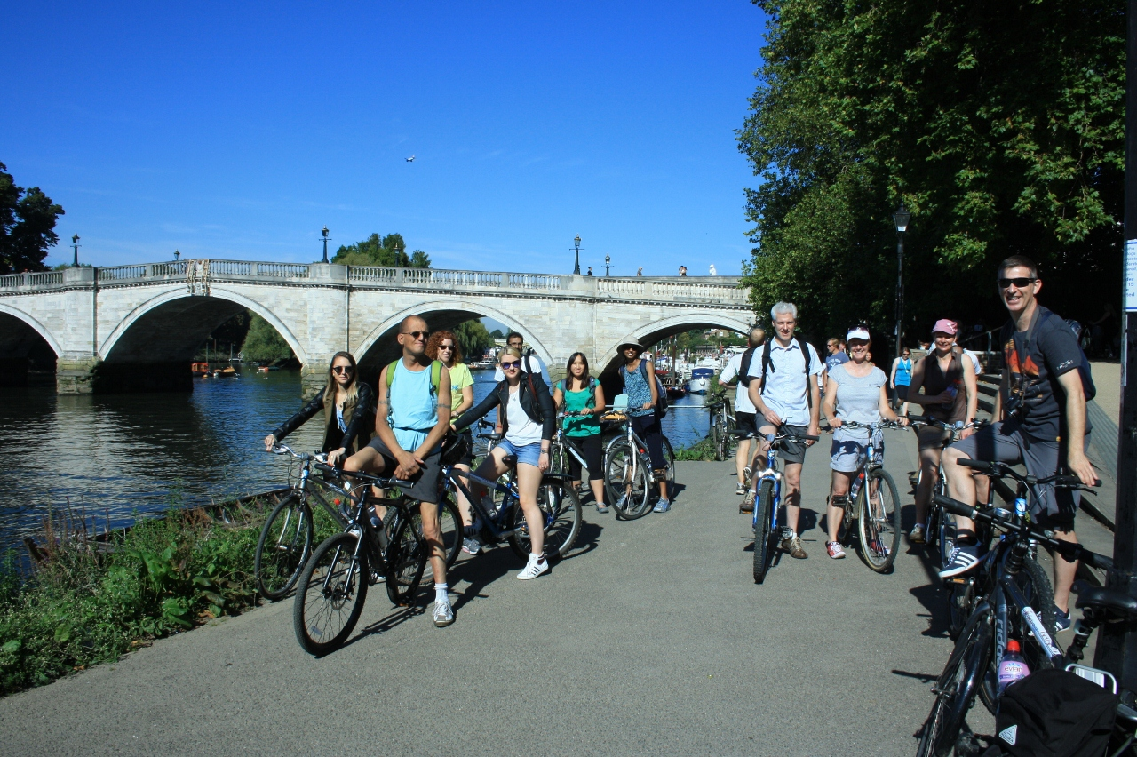 Richmond Riverside on our London Scottish rugby bike tours